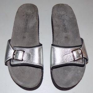 Mephisto Silver leather slide EU36/US6